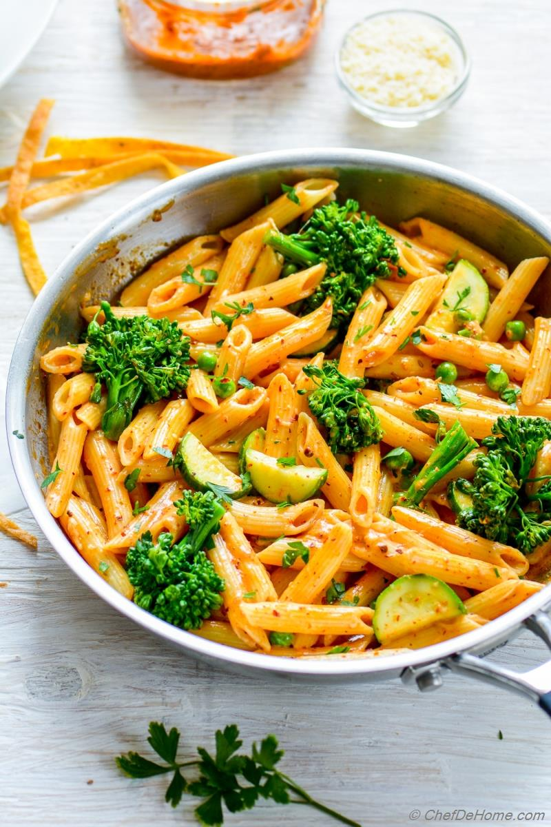 Penne Pasta Coated in Creamy Chipotle Pasta Sauce | chefdehome.com