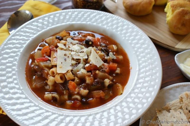 Crockpot Minestrone Soup with Pasta Recipe ChefDeHome.com