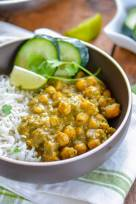 Roasted Tomatillos Chickpea Curry