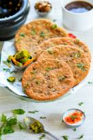 Sprouts Stuffed Masala Poori
