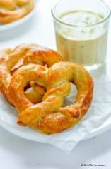 Easy Homemade Soft Pretzels