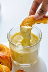 Beer Cheese Dip for Pretzels