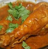 Chicken In Cardamom Coconut Sauce