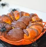 Spiced Pumpkin-Chocolate Pull-apart Spider Brioche Bread