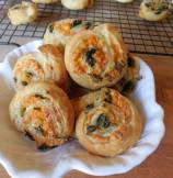 Spinach and Cheddar Cheese Pin Wheels