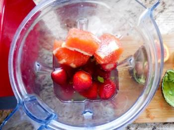Step for Recipe - Good Morning Sunshine Breakfast Smoothie