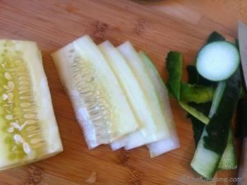 Step for Recipe - Pickled Cucumber and Cream Cheese Sandwich