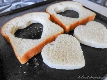 Step for Recipe - Sunny Side up Egg-Heart Toasts For Valentine's Day Breakfast