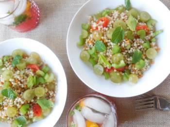 Step for Recipe - Israeli Couscous Salad with Crunchy Celery and Sweet Grapes