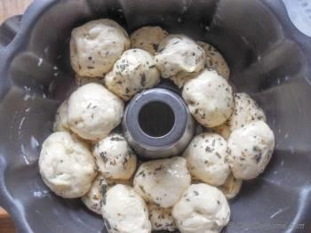 Step for Recipe - Buttery Pull-Apart Herb Monkey Bread