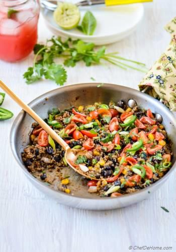 Step for Recipe - Southwest Skillet Quinoa (Rice) and Beans with Tomato-Mint Salsa