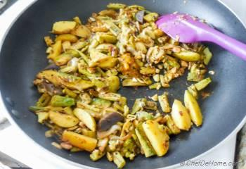 Step for Recipe - Achari Aloo Karela