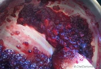 Step for Recipe - Blackberry Apple Conserve
