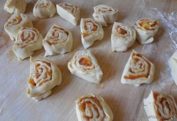 Step for Recipe - Mango Chutney and Cream Cheese Pin Wheels