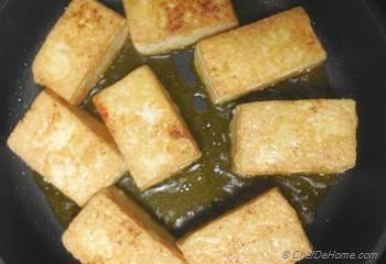 Step for Recipe - Crispy Tofu Snack Pockets with Crunchy Vegetables Filling