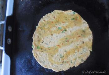 Step for Recipe - Leftover Lentils Breakfast Flat Bread - Indian Daal Parantha
