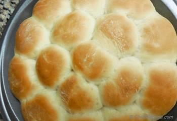 Step for Recipe - Fluffy Pull-Apart Buttermilk Dinner Rolls