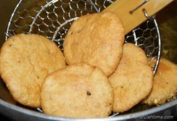 Step for Recipe - Crisp Mathri