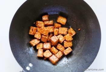 Step for Recipe - Vegan Fried Rice with Sriracha Tempeh