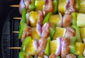 Step for Recipe - Grilled Hawaiian Chicken Skewers