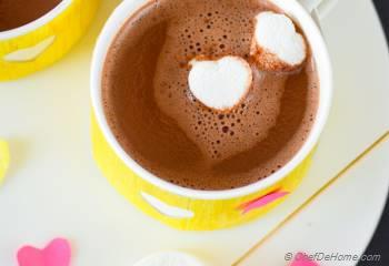 Skinny Hot Cocoa Recipe | ChefDeHome.com
