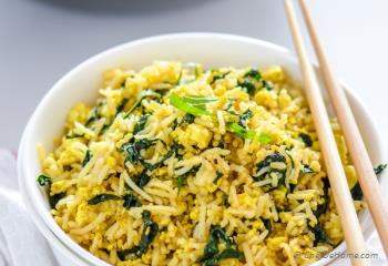 Step for Recipe - Vegan Tofu Scramble Kale Fried Rice