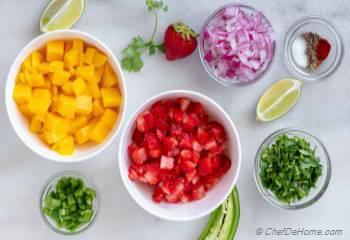 Step for Recipe - Spicy Mango Salsa