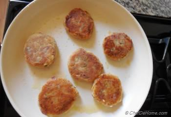 Step for Recipe - Kimchi Mashed Potatoes Cakes