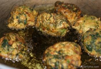 Step for Recipe - Spinach Kofta Kadhi (Curry)