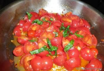 Step for Recipe - Whole Wheat Penne in Fresh Tomato Sauce