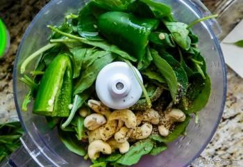 Step for Recipe - How To Make Spicy Arugula Pesto