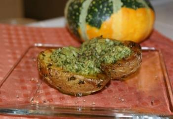 Step for Recipe - Baked Rustic Potatoes with Basil Pesto