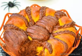 Step for Recipe - Spiced Pumpkin-Chocolate Pull-apart Spider Brioche Bread