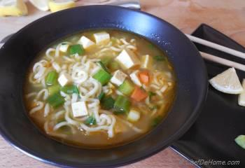 Step for Recipe - Ramen Noodles in Soup