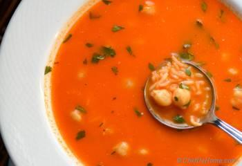 Step for Recipe - Tomato and Rice Soup with Chickpeas