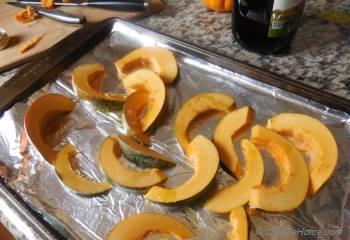 Step for Recipe - Roasted Acorn Squash with Pumpkin Seeds and Balsamic