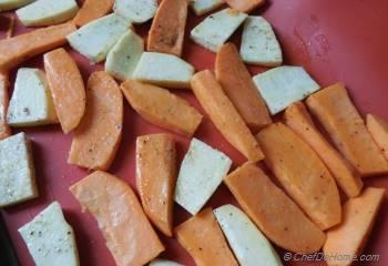 Step for Recipe - Roasted Sweet Potatoes with Apple