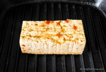 Step for Recipe - Sesame Chili Garlic Noodles with Grilled Tofu