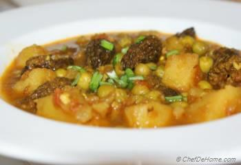 Step for Recipe - Morel Mushroom Curry