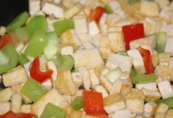 Step for Recipe - Pan Fried Tofu and Bell Peppers