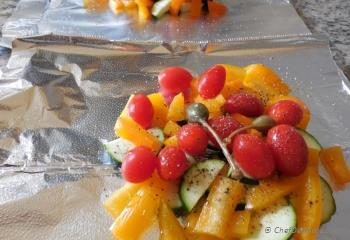 Step for Recipe - Zucchini and Peppers Grilled In a Foil