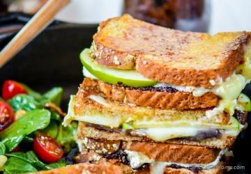 Apples and Brie Grilled Cheese Sandwich with Fig Spread
