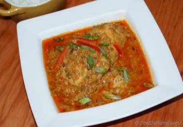 Indian Murg Dahiwala Fame Chicken in Yogurt Curry Sauce