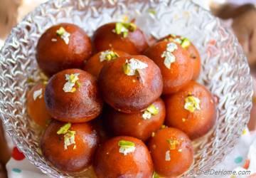 Easy Indian Gulab Jamun with Milk Powder