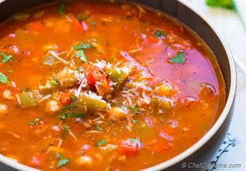 Vegetarian Stuffed Pepper Soup