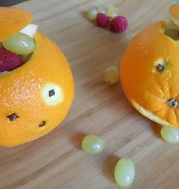 Jack-o-Lanterns Orange Fruit Cups