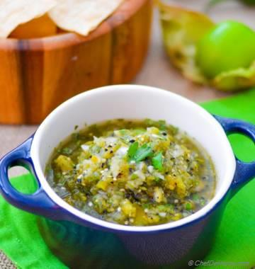 Fire Roasted Tomatillo Salsa - My other Chipotle Mexican Grill Favorite