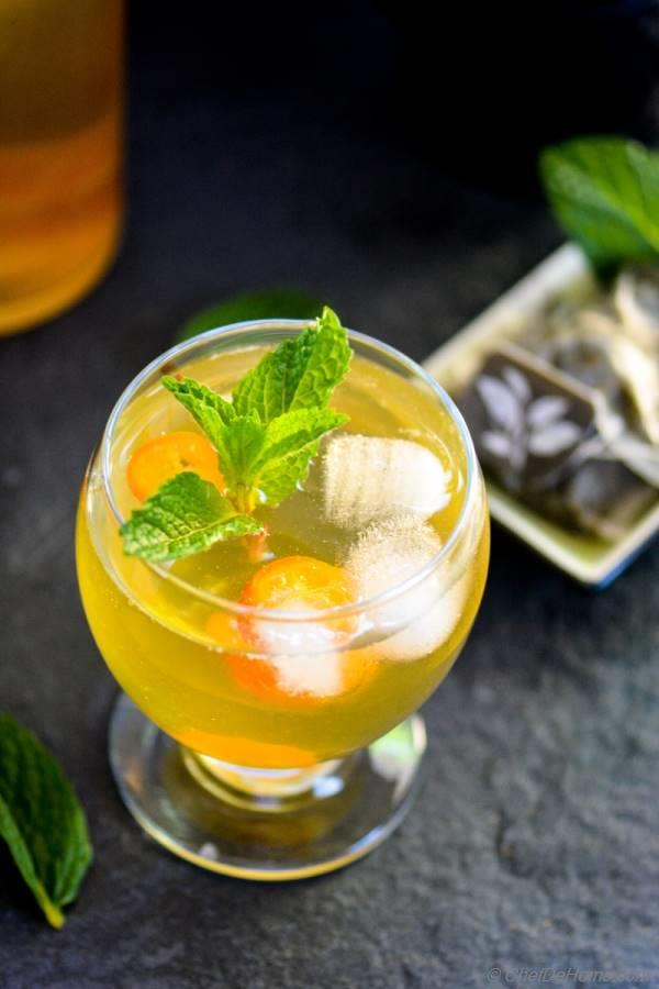 Green Tea and Kumquat Spritzer sweetened with Agave - Vegan | chefdehome.com
