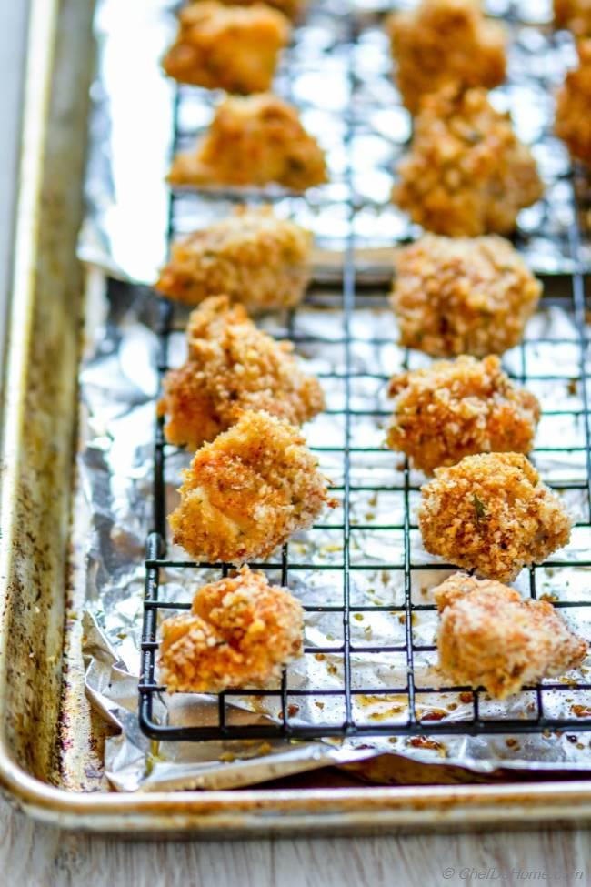 Healthy Easy and Delicious Baked Popcorn Chicken | chefdehome.com