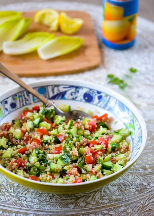 Easy and Healthy Quinoa Tabbouleh Dinner Salad | chefdehome.com